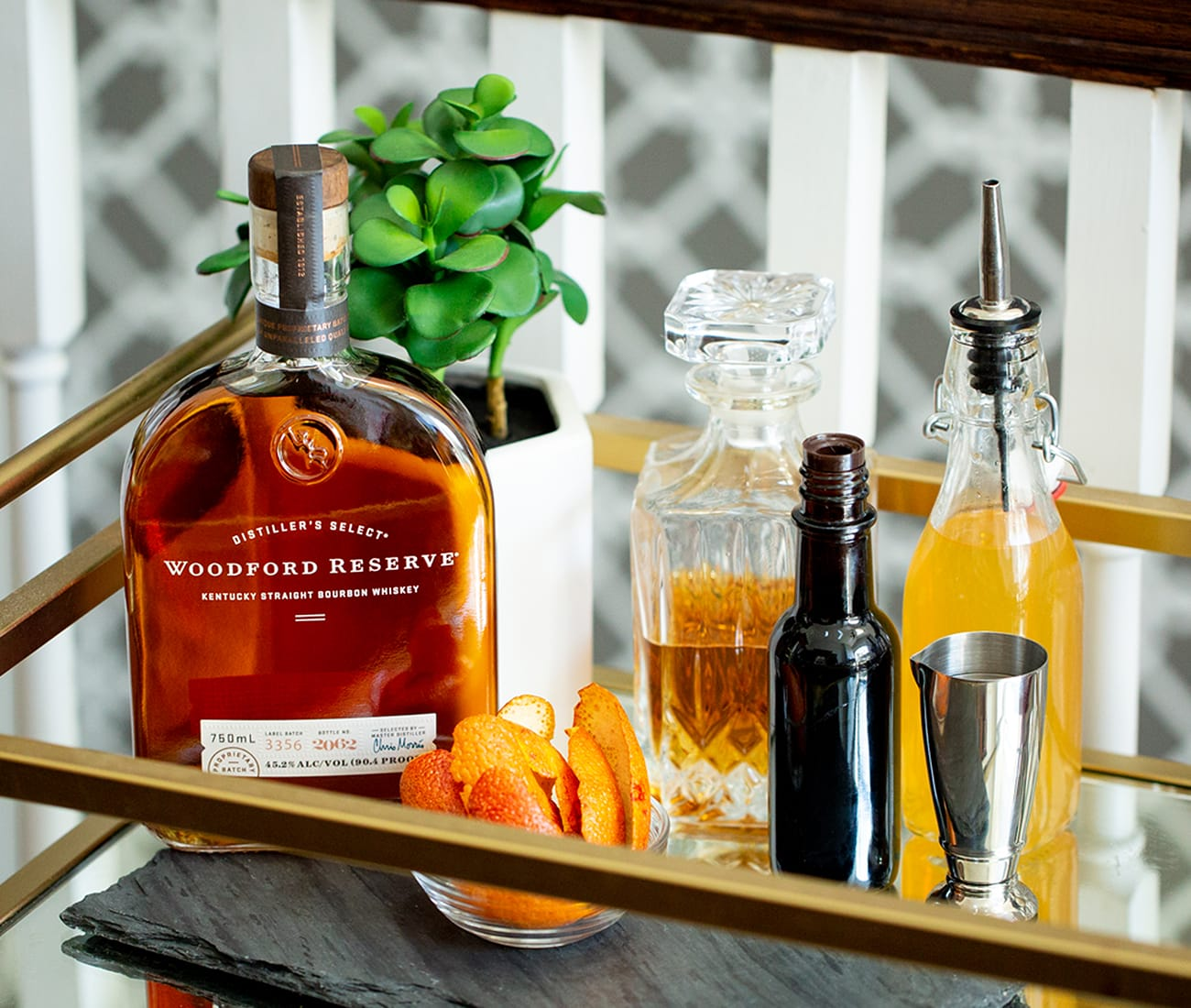 Image for Build the ultimate bar cart